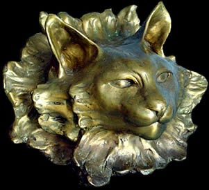 Dante - Cat face Bronce sculpture